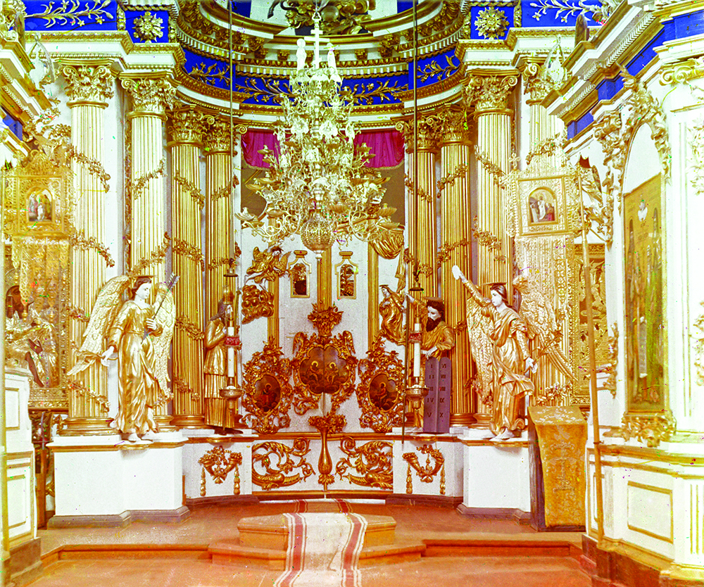 Иконостас Спасо-Преображенского собора. Фото С.М. Пркудина-Горского 1909 года
